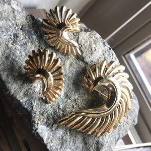 Trifari Earring/Brooch Set